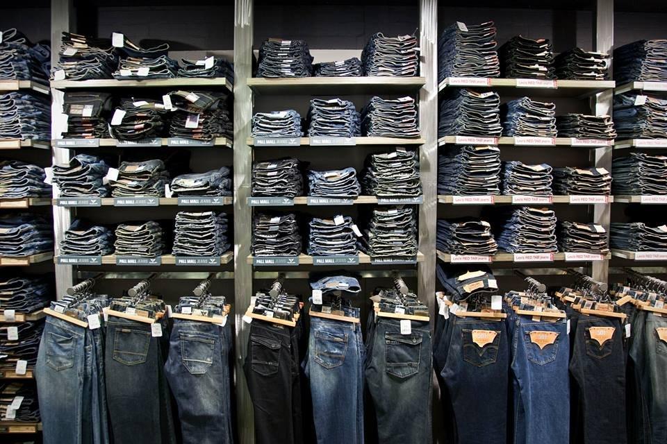 Big l jeans hillegersberg rotterdam for Bioscoopagenda rotterdam